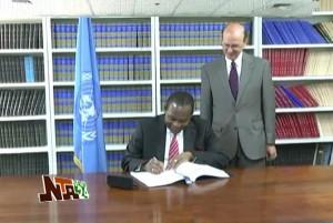 Nigeria Signs UN Arms Trade Treaty