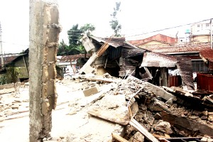 Collapsed Building at NTA Apara Road