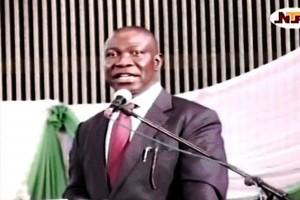 Legislative Summit on Constitution Review