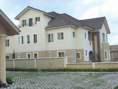 10000-housing