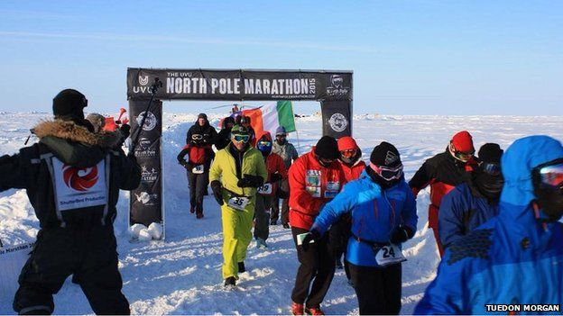 There are no crowds at the North Pole Marathon to cheer on the runners (PHOTO: BBC)