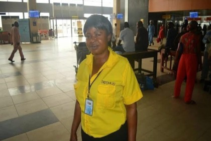 Patriotic Nigerian: Airport Cleaner Who Returned N12 million