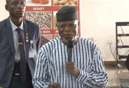 CGC Hameed Ali Outlines 2017 Revenue Target To Customs Area Controllers