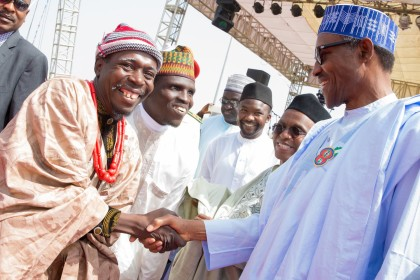 President Buhari In Shake With Some Nigeria Hausa Musician