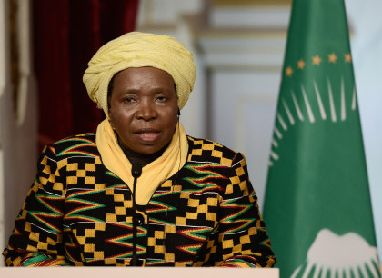 Dlamini-Zuma African Union Commission Chairperson Nkosazana Dlamini-Zuma speaks during a joint statement with French President Francois Hollande on October 5, 2015 at the Elysee Palace in Paris. AFP PHOTO / STEPHANE DE SAKUTIN
