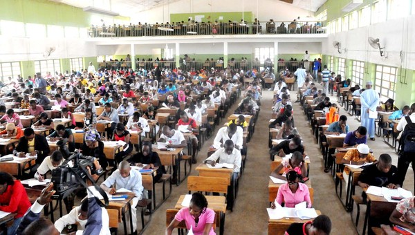 Candidates Writing JAMB SCHOOL,TUNDUN  WADA, IN ABUJA ON SATURDAY (24/3/12
