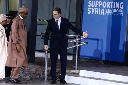 President Buhari Arrives London For Supporting Syria