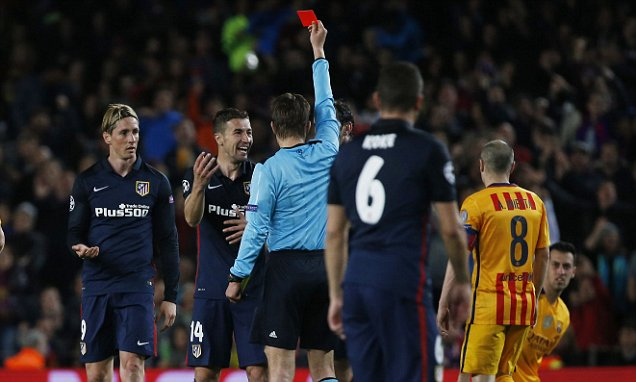 Football Soccer - FC Barcelona v Atletico Madrid - UEFA Champions League Quarter Final First Leg - The Nou Camp, Barcelona, Spain - 5/4/16  Atletico Madrid's Fernando Torres is shown a red card by referee Felix Brych  Reuters / Sergio Perez  Livepic  EDITORIAL USE ONLY.