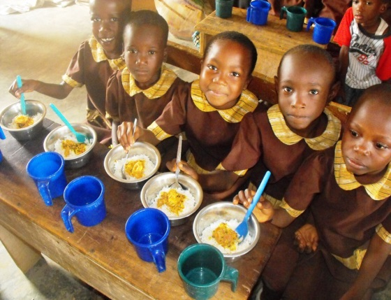 Children in School Feeding(PHOTO: Schoolandhealth.org)