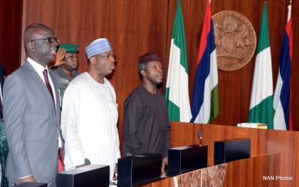 PIC. 9. FROM LEFT: DEPUTY CHIEF OF STAFF TO THE VICE PRESIDENT,  MR ADE  IPAYE; HEAD OF THE CIVIL SERVICE OF THE FEDERATION, MR DANLADI  KIFASI AND  VICE PRESIDENT YEMI OSINBAJO, DURING THE NATIONAL ECONOMIC COUNCIL MEETING  AT THE PRESIDENTIAL VILLA IN ABUJA ON THURSDAY (23/7/15).  5508/23/7/2015/ISE/BJO/NAN