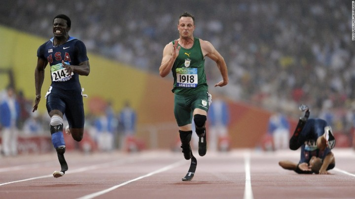Pistorius wins gold ahead of Americans Jerome Singleton, left, and Marlon Shirley(PHOTO: Getty)