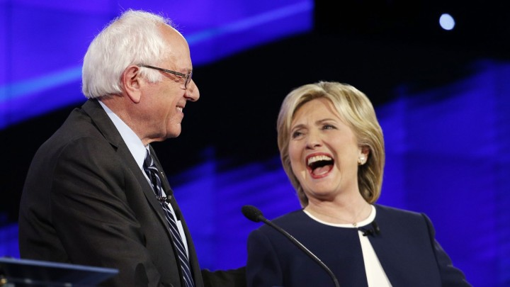 Sen Bernie Sanders and Hillary Clinton at the Democratic Party Debate in 2016(PHOTO: Times)
