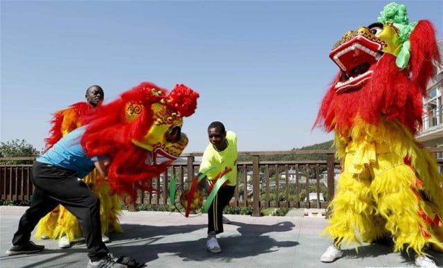 lion-dancing