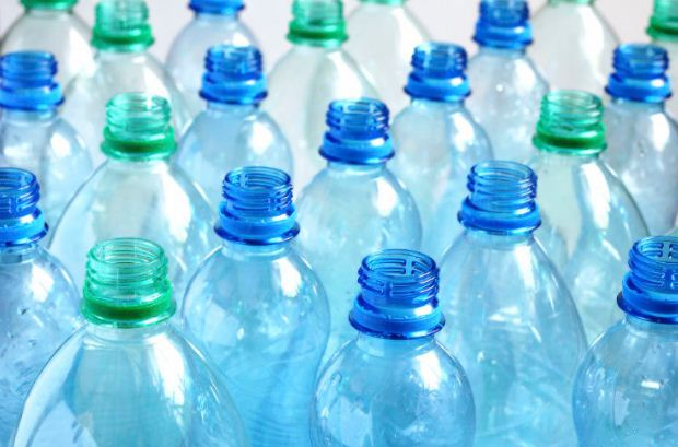 scientists-plastic-bottles-health