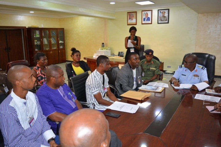 niger-delta-youths-cds-defence-hq