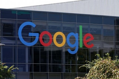 google to ban ad on fake news sites
