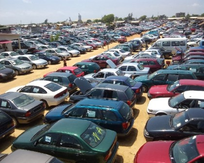 FG Bans The Importation of Cars Through Land Borders