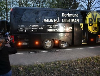 BREAKING: Explosion Hit Borussia Dortmund Bus Carrying Players To #UCL Venue
