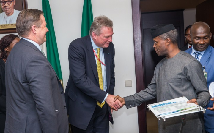 osinbajo-chartered-financial-analysts-paul smith