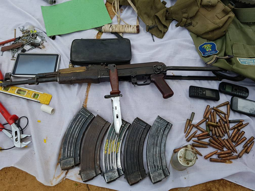 Identity and Items Recovered From 5 Boko Haram Arrested In Kano