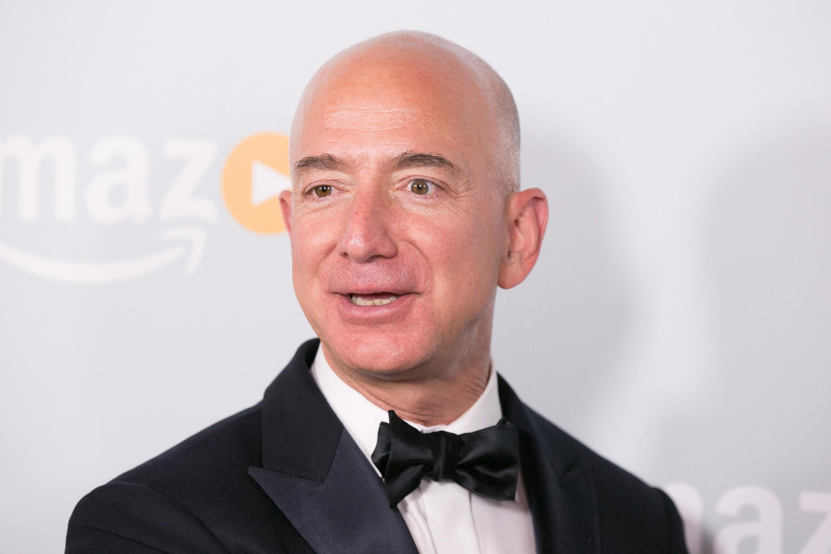 Bill Gates is no longer The World's Richest man, Jeff Bezos is!