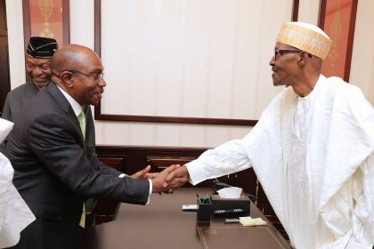 President Buhari Receives Briefing, Delighted At Improving State of Economy