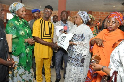 Aisha Buhari Urges Nigerians To Support Victims of Flooding in Benue State