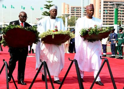 Okowa, others lay wreaths, as Nigerians mark armed forces remembrance aay
