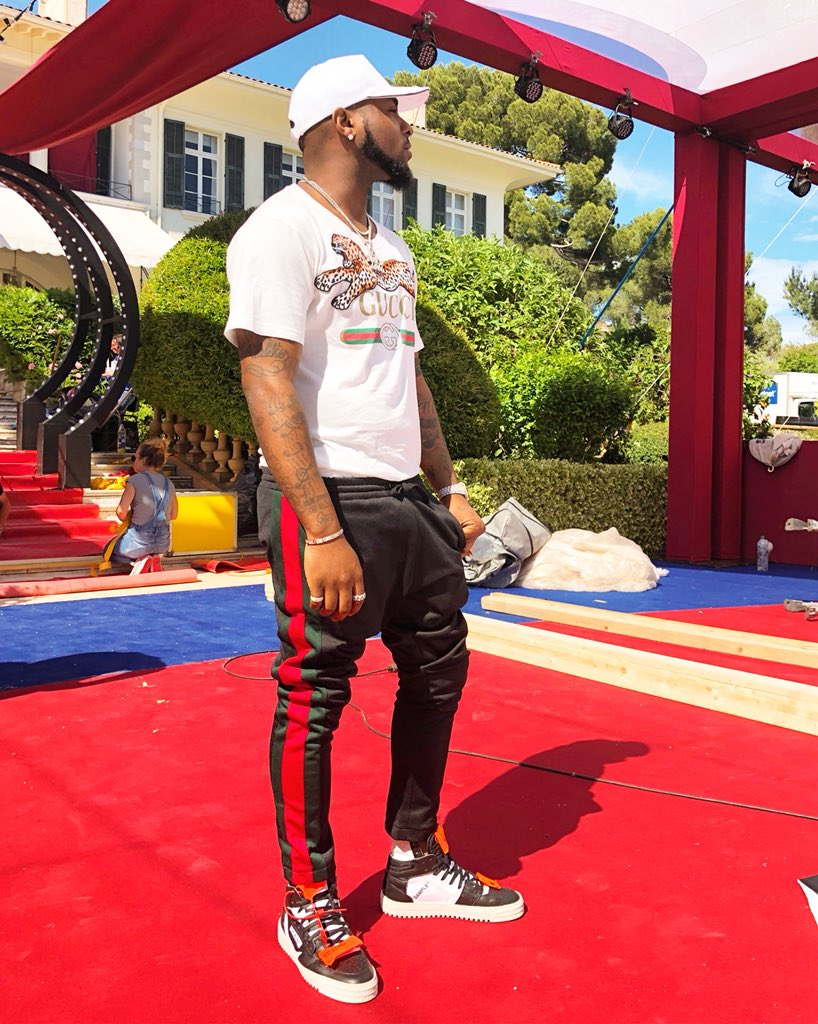 Inside Davido's New Challenger Private Jet, Chioma