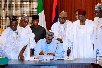 President Buhari Blasts National Assembly for Padding 2018 Budget