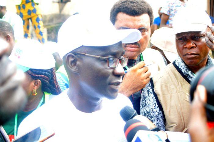 Ekiti Polls : PDP Candidate Olusola Eleka Votes After Card Reader Hiccup.