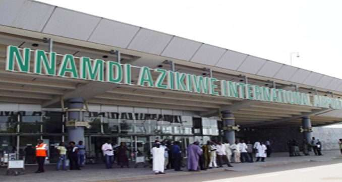 COVID-19: FG reduces arrivals to 2 international airports as cases rise to 12