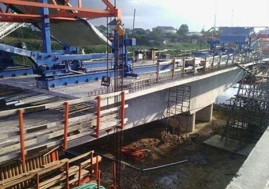 Gov. Obiano Extols Buhari Over 2nd Niger Bridge, Onitsha-Awka Road,Others