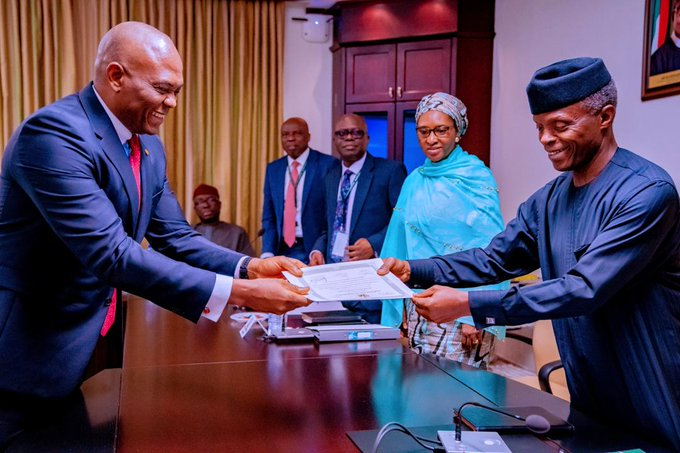FG Presents `Certificate of Discharge' to Transcorp