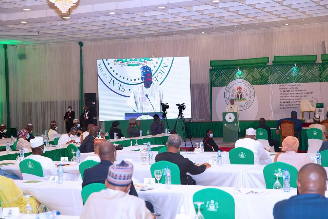 Closing Address by President Buhari at the First Year Ministerial Performance Review Retreat